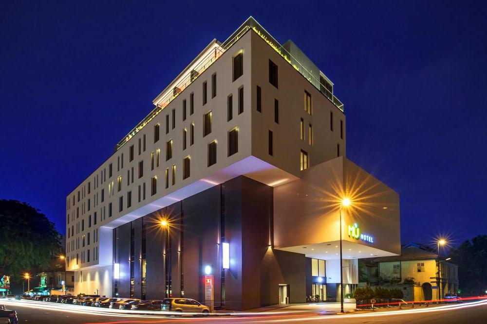 mis in hotel