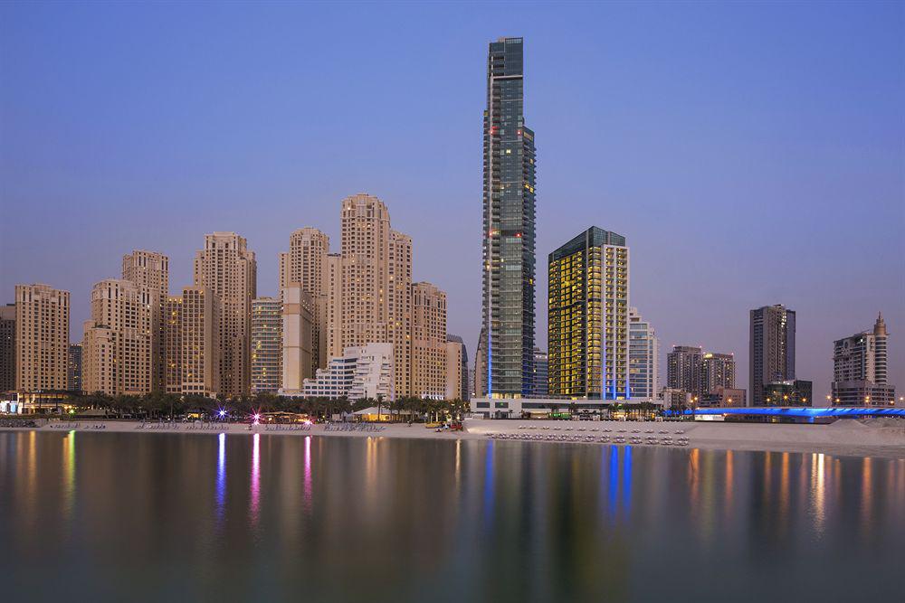 Doubletree by hilton hotel dubai jumeirah beach dubai for Dubai best hotel name