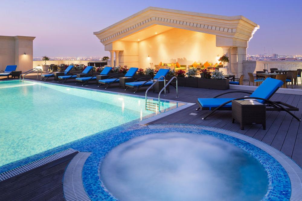 Warwick doha hotel doha qatar for Al sadd sports club swimming pool