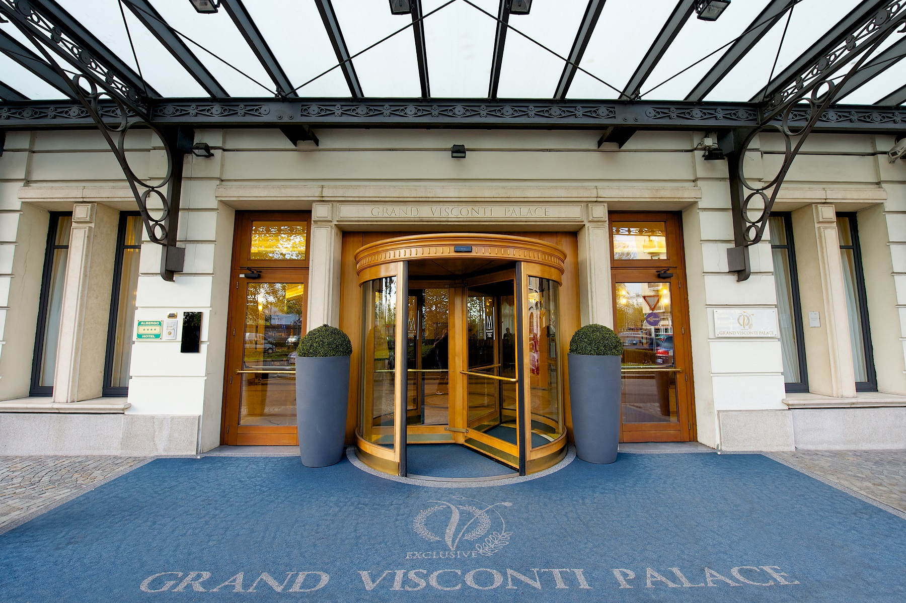 Grand visconti palace hotel milan italy for Visconti palace hotel