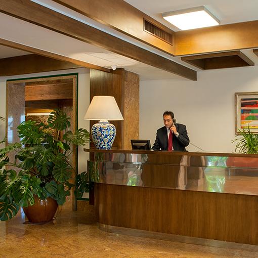 Hotel La Pergola Rome Italy Flyin Com